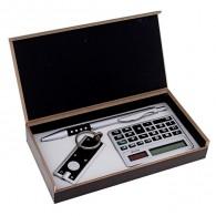 Подарочный набор (ручка+фонарик+калькулятор) (476361)