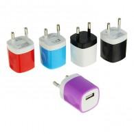 Адаптер 220V->USB 1A цветной кубик (1677873)